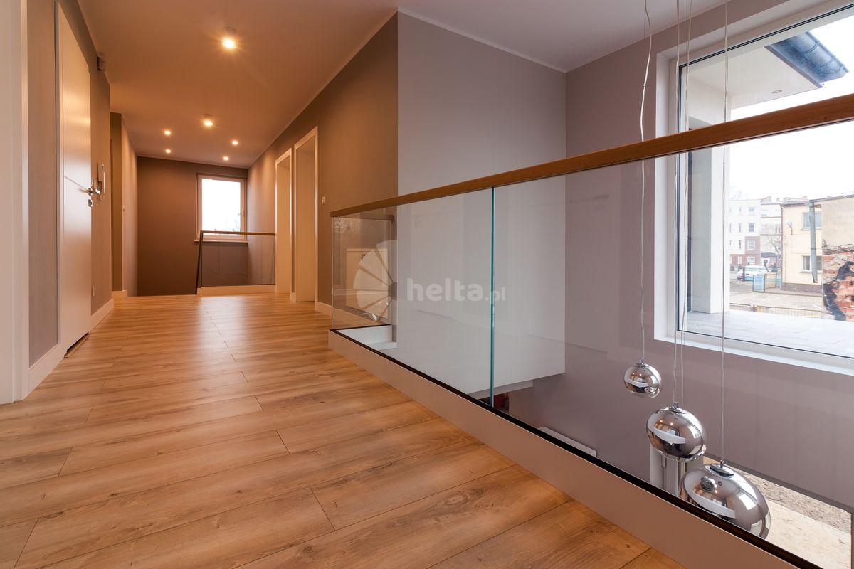 Balustrady szklane w profilu liniowym Slim