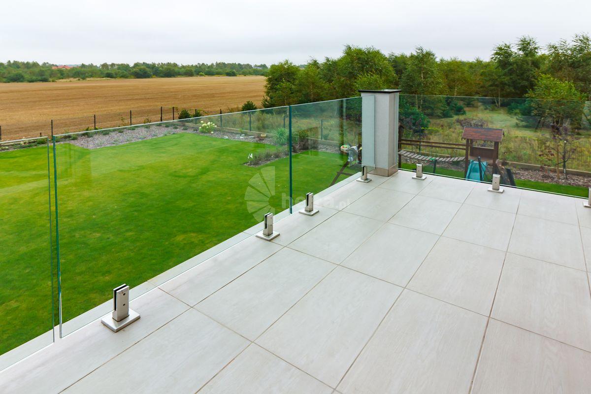 nowoczesna balustrada zewnętrzna