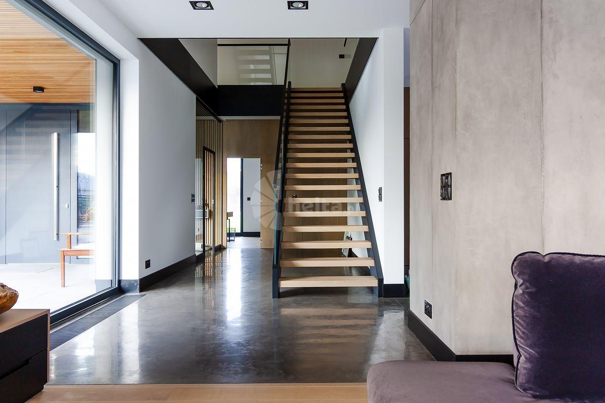 schody drewniane jednobiegowe
