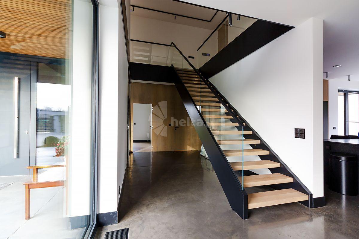 Projektowanie schodów drewnianych