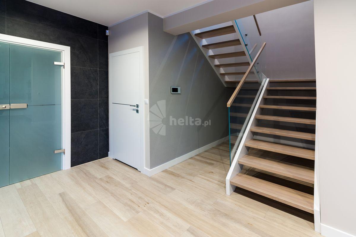 balustrada na schody biała