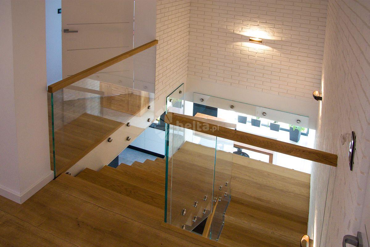 schody drewniane samonośne cena