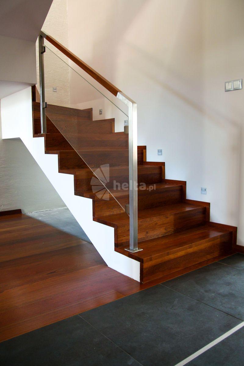 schody drewniane zabiegowe na beton
