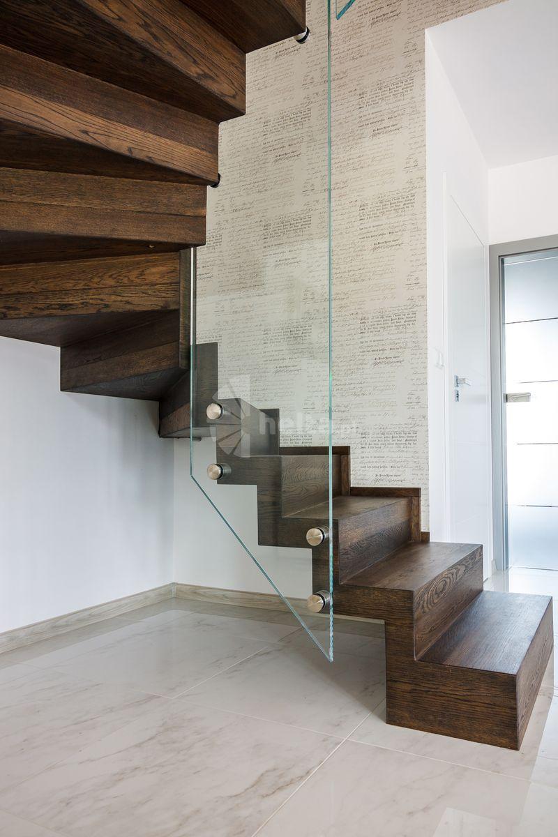 schody samonośne dywanowe