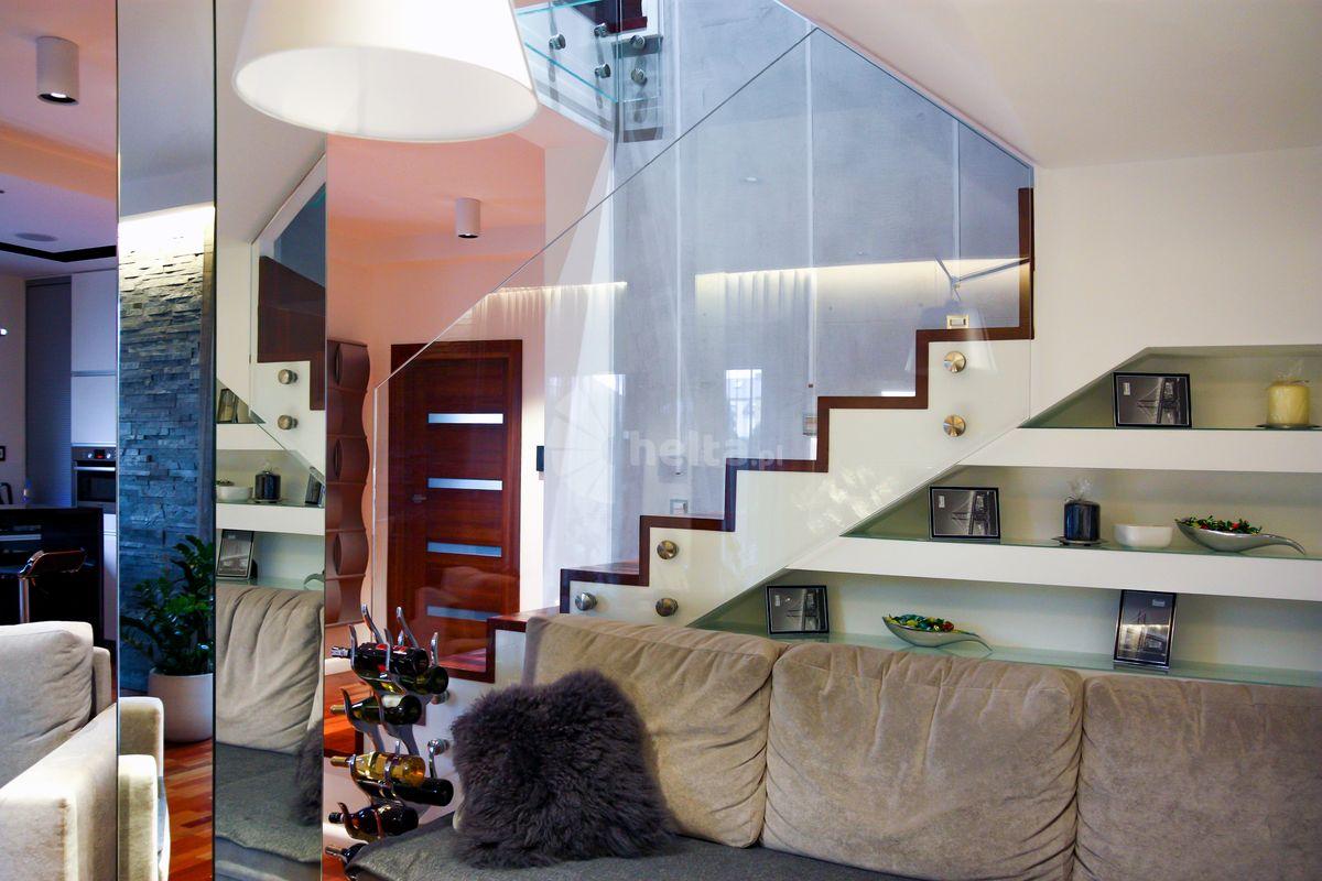 nowoczesne schody wewnetrzne