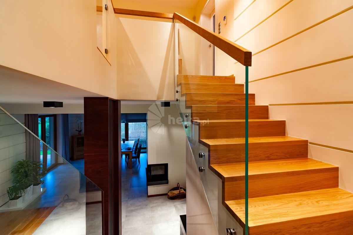 nowoczesne schody wewnętrzne galeria