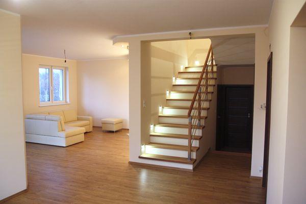 stopnice schodowe drewniane