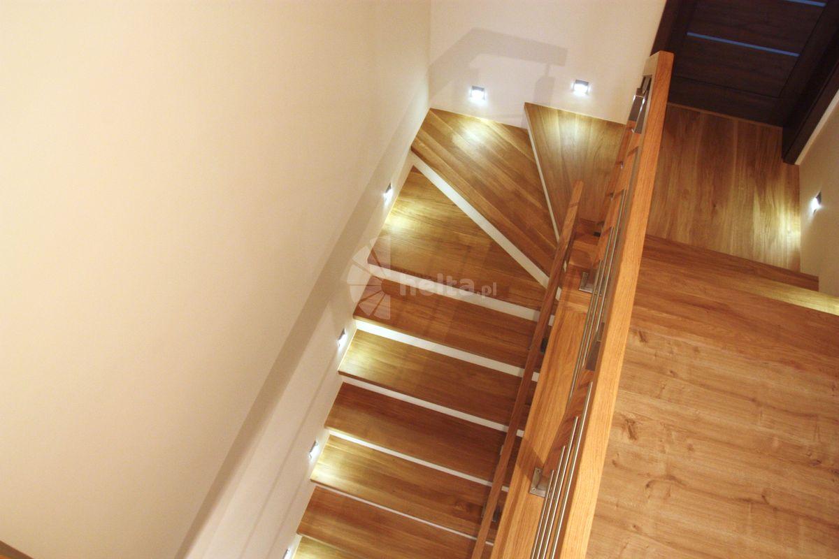 stopnice na schody wewnętrzne