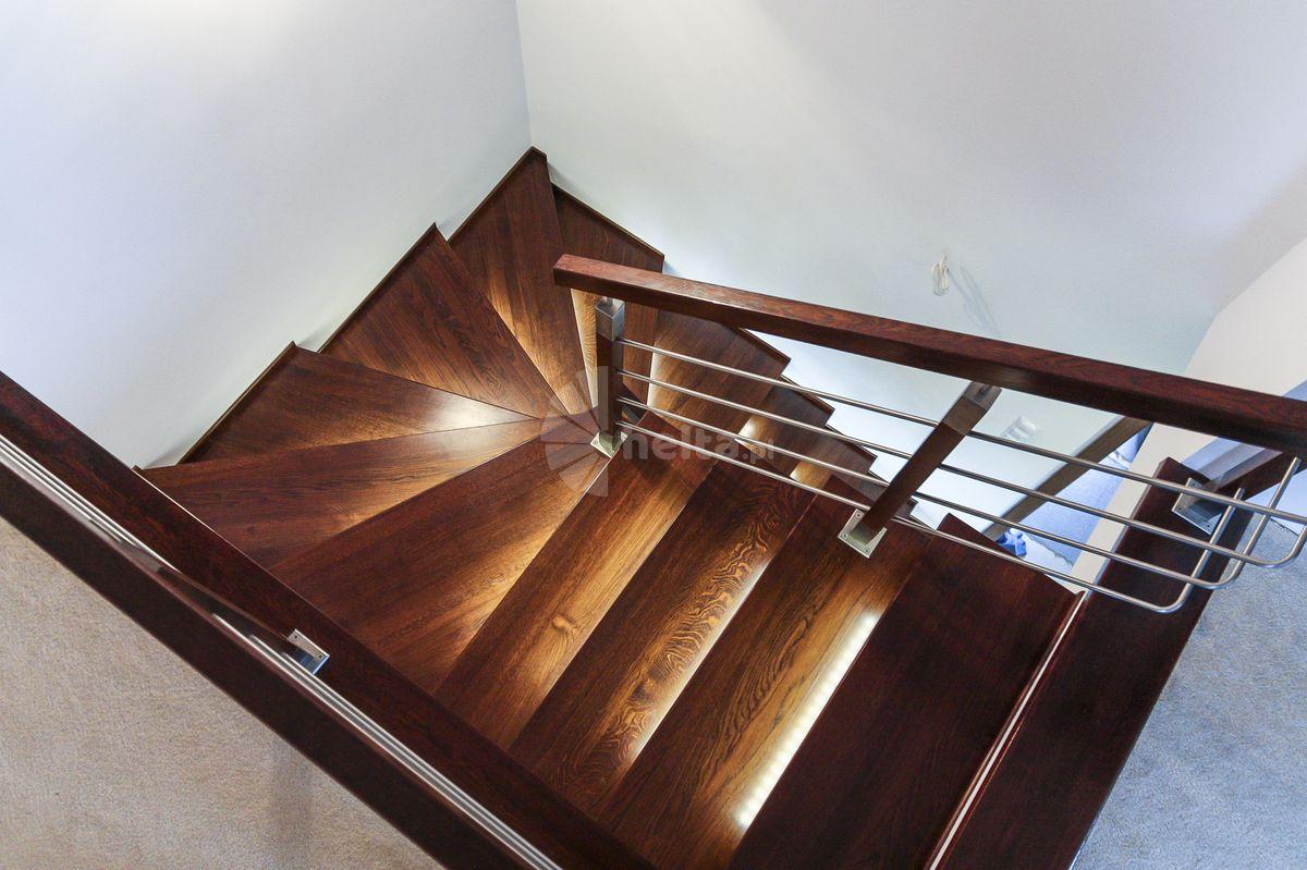 schody zabiegowe balustrada