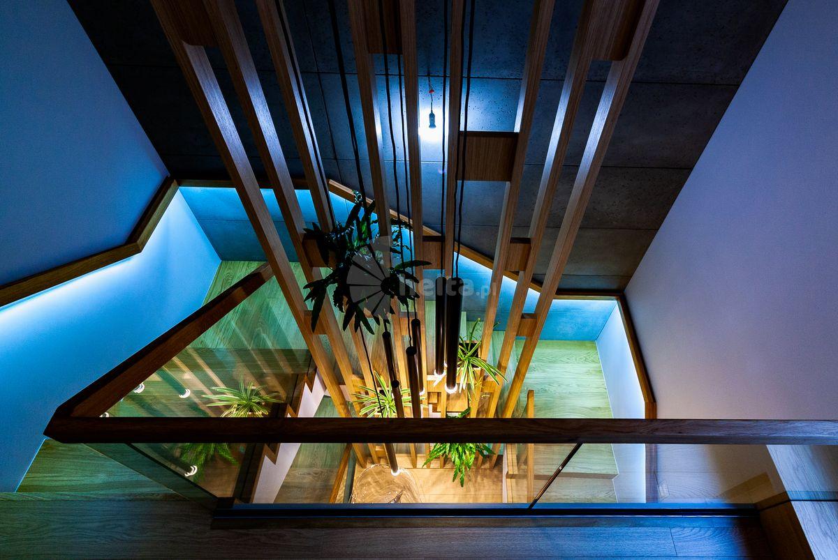 Podświetlane schody w domu