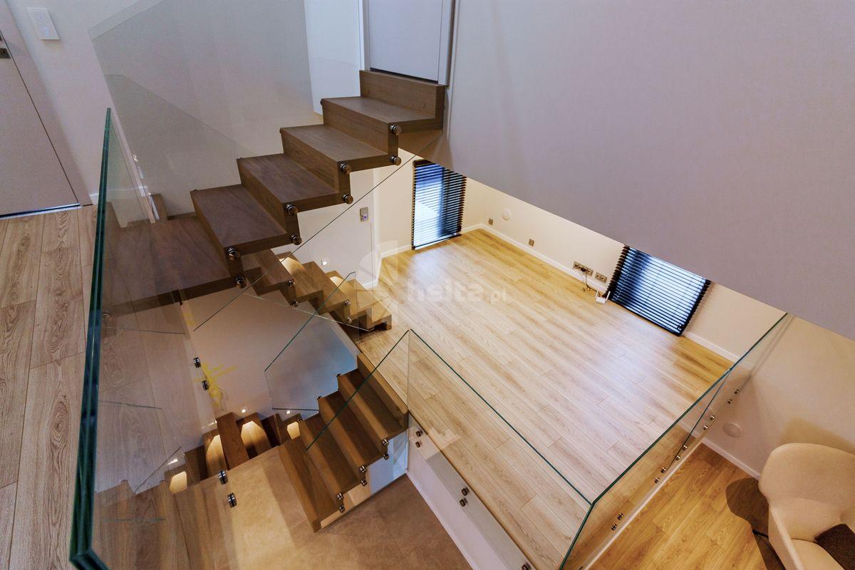 modne schody wewnętrzne